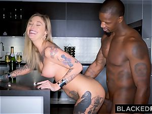 BLACKEDRAW Real Texas girlfriend cheats with dark-hued stud at the motel after soiree