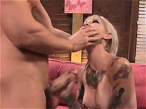 Kleio Valentine porks her roomies cuckold fellow