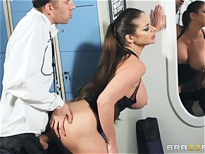Locker apartment banging with Cathy Heaven