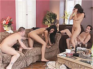 group hookup and Hangman with cute couples 3