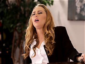 Under table honeypot eating with Carter Cruise