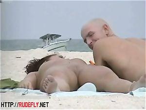 very wild mummy rubbin' orbs in naked beach
