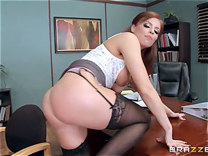 redhead chief Britney Amber ravages a horny worker