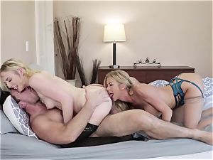 Adult masculine plumbs his fresh wifey Alexis Fawx and her daughter-in-law