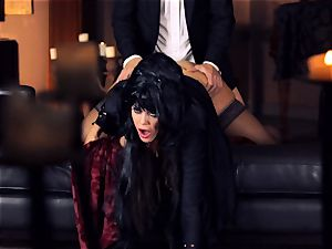 black haired Alison Tyler pummels her suited paramour