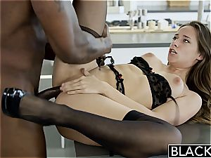Cassidy gasping on ample ebony lollipop