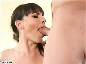 My new killer neighbor Dana Dearmond came to me to get habitual