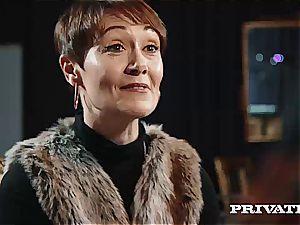 mind-blowing crimson head bombshell Ella Hughes gets her shaven snatch screwed