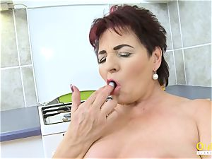 OldNannY Mature lady pleasuring Her cootchie with plaything
