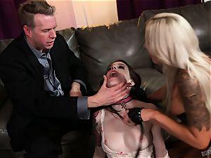 donk fuck-fest with Nina Elle and Anna De Ville