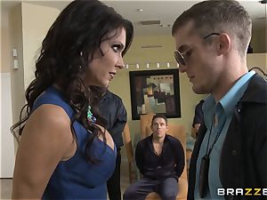Criminals wife Jessica Jaymes banged by a hot cop