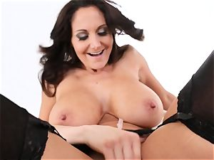 milf Ava Addams gets her face covered in cum