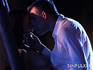sultry outdoors tryst for a duo that likes to sneak out