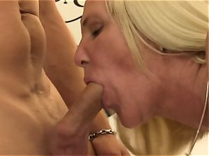 XXXOmas - crazy hook-up with mature German blonde inexperienced