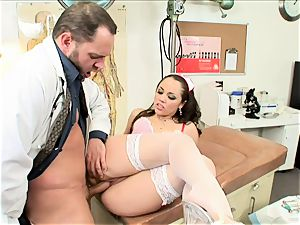 curvy Kristina Rose gets tucked up her dribbling pussy
