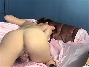 voluptuous Jayden Cole loves taunting her jummy humid love button