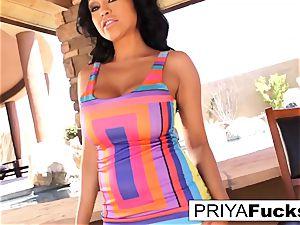 goddess Priya and her hefty glass fucktoy!
